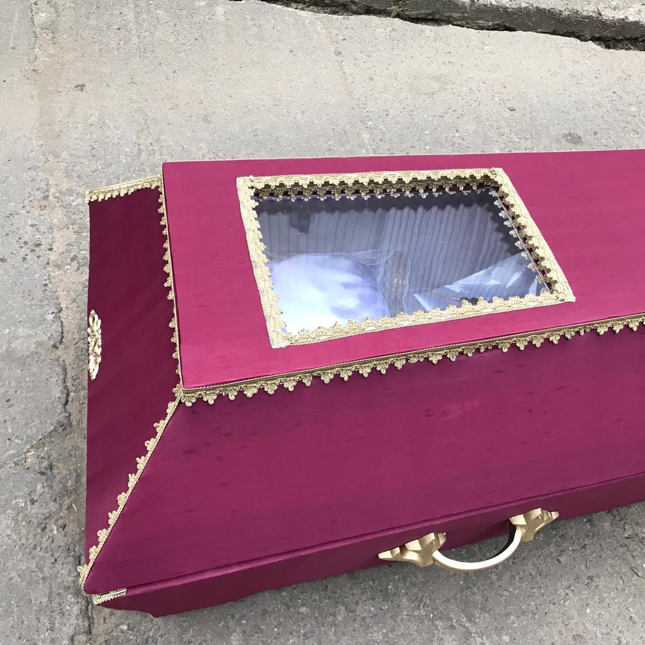 гроб со стеклом купить в спб